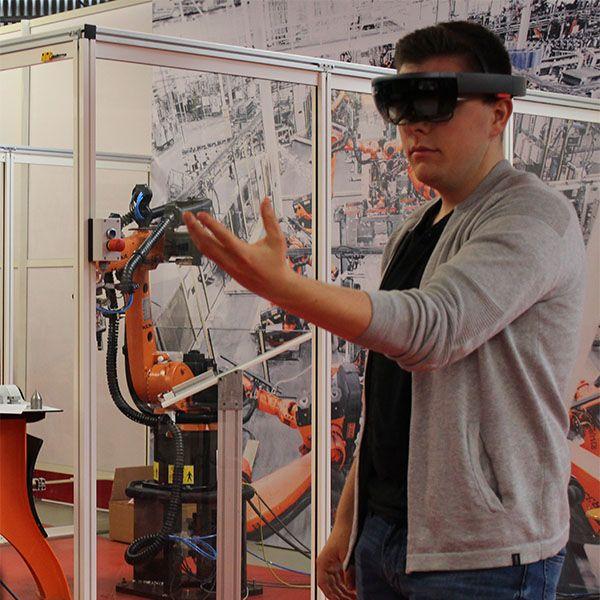 Formations en Robotique à Rennes au Lycée Juliot Curie, Suni